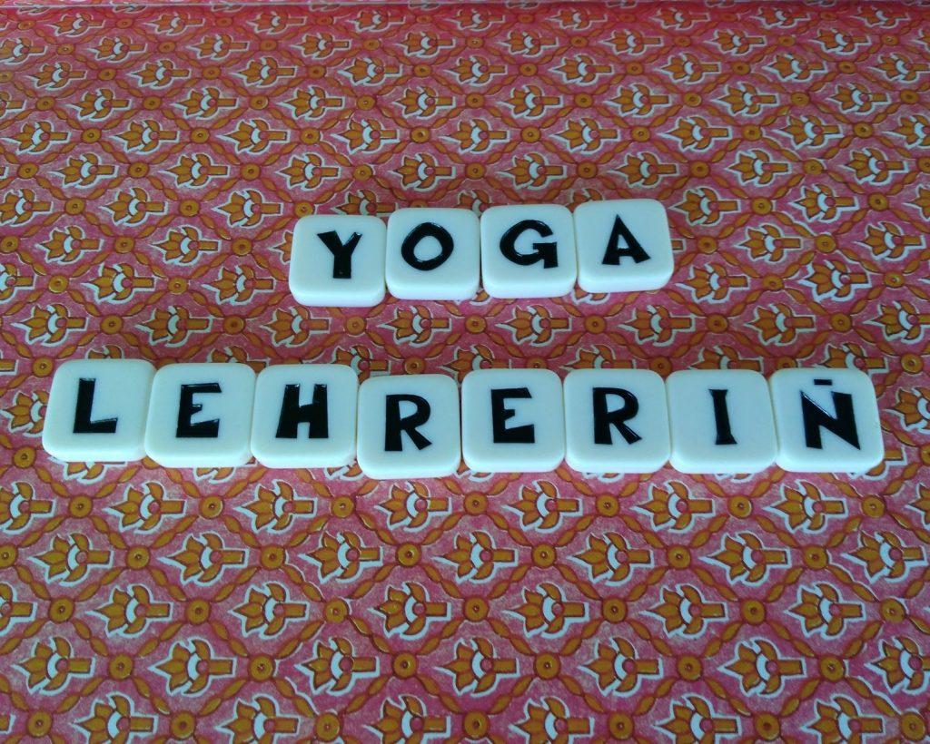 Steinchen Yogalehrerin